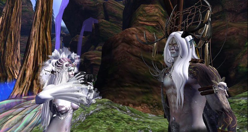 Faerie captures Satyr's soul with the hooman magic box in Second Life